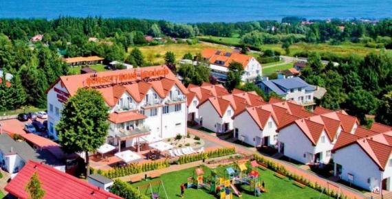 BURSZTYNOWE WZGÓRZE Family Resort Sianożęty - Ustronie Morskie